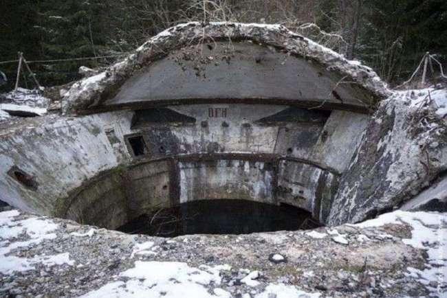 Жуткие и загадочные заброшенные объекты на территории бывшего СССР (13 фото)