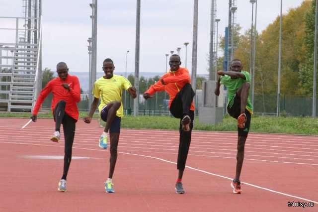 Почему кенийские спортсмены считаются самыми быстрыми бегунами в мире (4 фото)