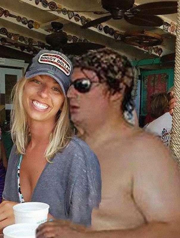 Девушка попросила убрать незнакомца с помолвочного снимка, а за дело взялись фотошоп-тролли (35 фото)