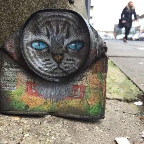 Отвергнутый арт-галереями, этот художник нашёл своё призвание в уличном искусстве (21 фото)