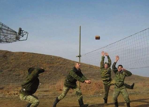 Досуг русских мужиков, которые умею хорошо отдыхать