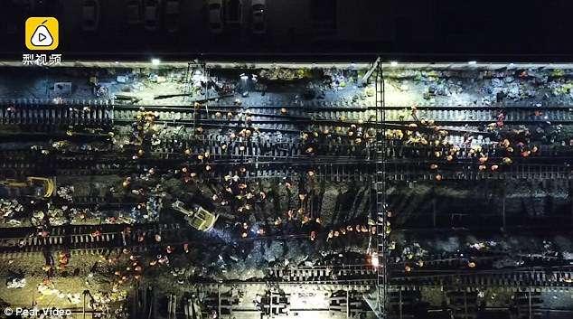 В Китае за 9 часов построили новую железнодорожную развязку (5 фото)