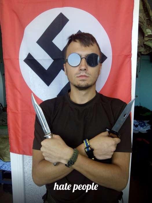 Убеждения бойцов добровольческого батальона -Азов- (20 фото)
