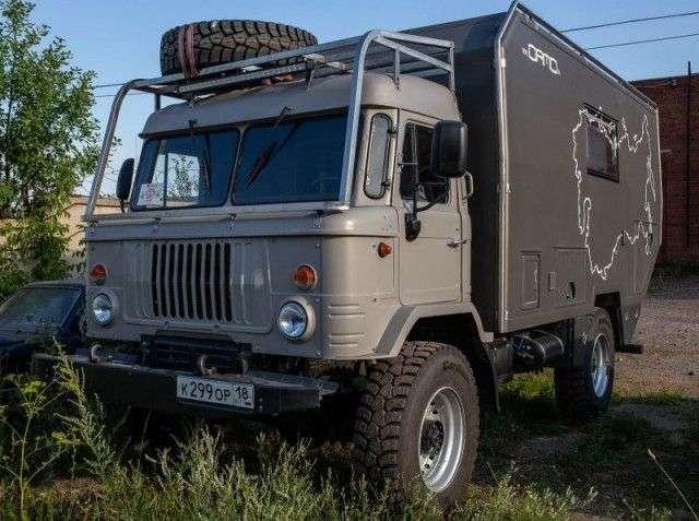 Необычный автодом для путешествий на базе ГАЗ-66 (40 фото)