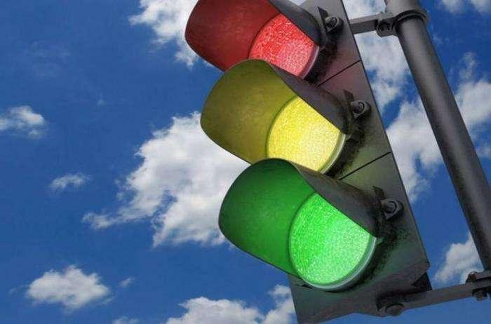 Как придумали светофор: интересные факты (5 фото)