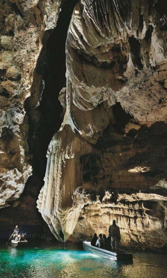 Пещера Падирак: вызывающий страх у местного населения