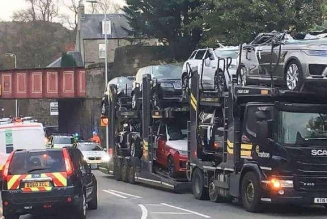 Шотландский &171;мост глупости&187; превратил Ranger Rover в кабриолет