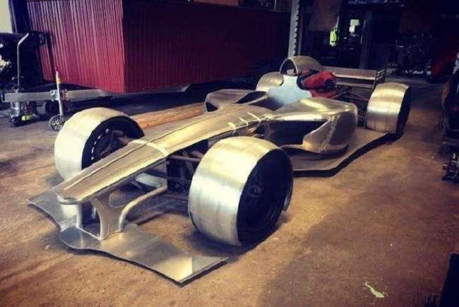 Австралиец строит болид Формулы-1 для дорог общего пользования (8 фот