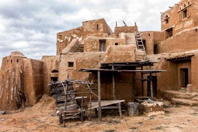 Заброшенный киногород Сарай-Бату в Астраханской области