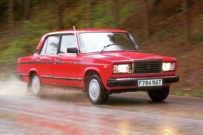 Как Советский Союз пытался покорить британский рынок своими автомобилями (6 фото)
