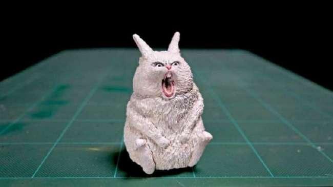 В руках японского художника животные-мемы становятся скульптурами