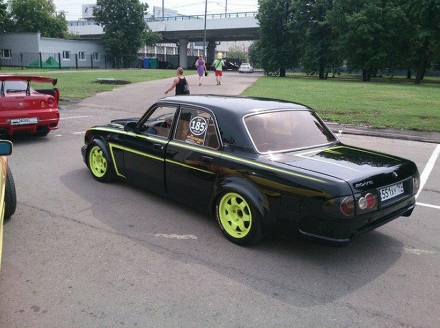 Волга ГАЗ-31 сделана под спорткар в честь отца-гонщика