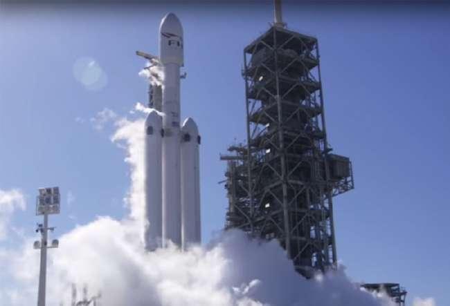 Казахстан запустит спутники на ракете Илона Маска