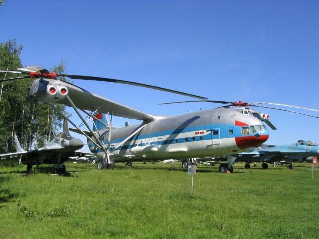 Ми-12: самый большой в мире вертолет-рекордсмен (23 фото)