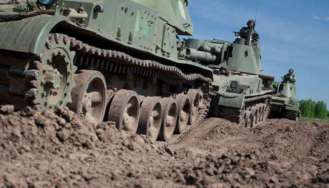Почему западные танки такие большие?