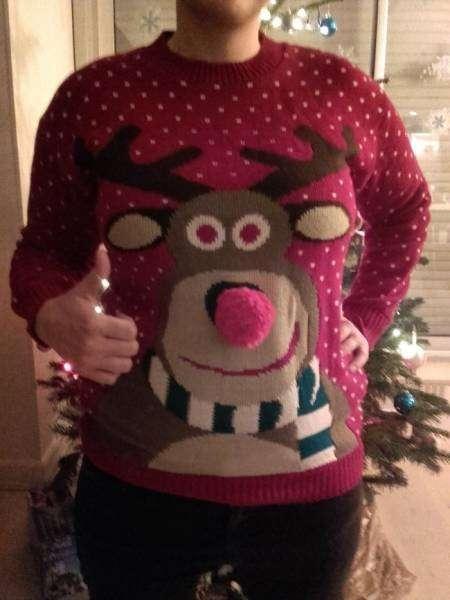 Смешные и нелепые рождественские свитеры (26 фото)