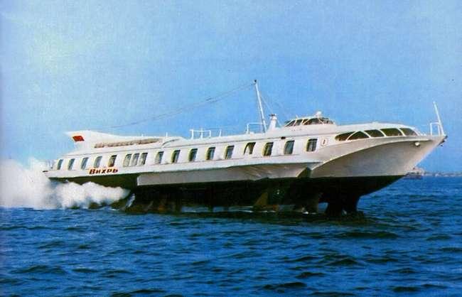 -Вихрь-: корабль, который стал революцией флота СССР (2 фото)