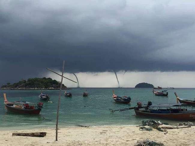 В Таиланде удивленные туристы засняли аномальные смерчи