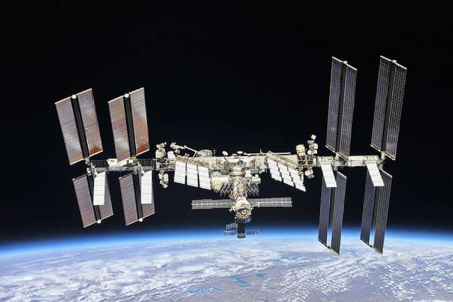 «Космонавт может позвонить на любой телефон на Земле»: как устроена работа МКС