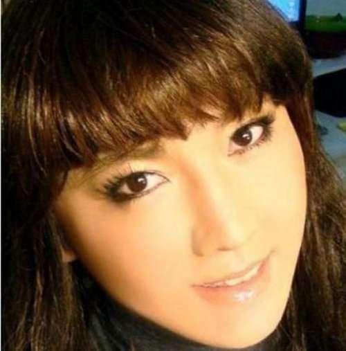 Азиатка — чудеса макияжа (9 фото)