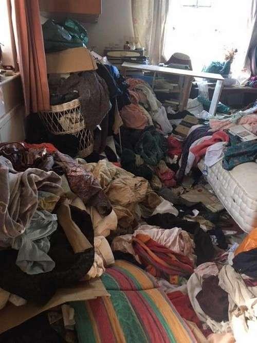 Сестры, занимающиеся экстремальной уборкой