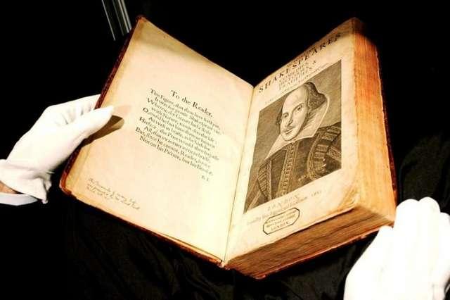 5 редких книг, за которые на аукционах выложили баснословные суммы