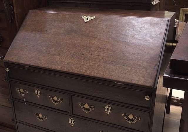 Неожиданная находка в старом бюро начала ХХ века