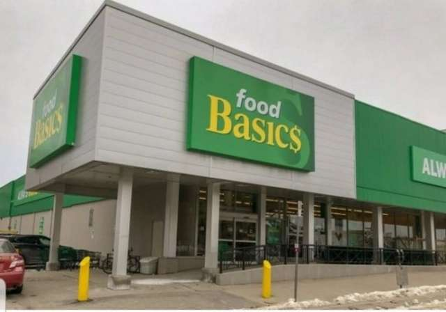 В Канаде магазин весь день проработал без присмотра — покупатели ничего не украли и оставляли деньги на кассе