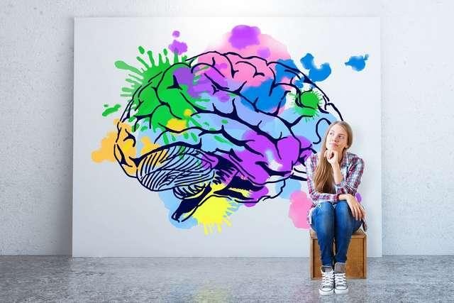 Ученые выяснили, что творческим людям мешает зарабатывать их мозг