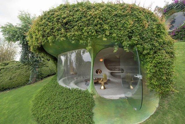 «Зеленый дом хоббита» от биоархитектора Хавьера Сеносиана (10 фото)