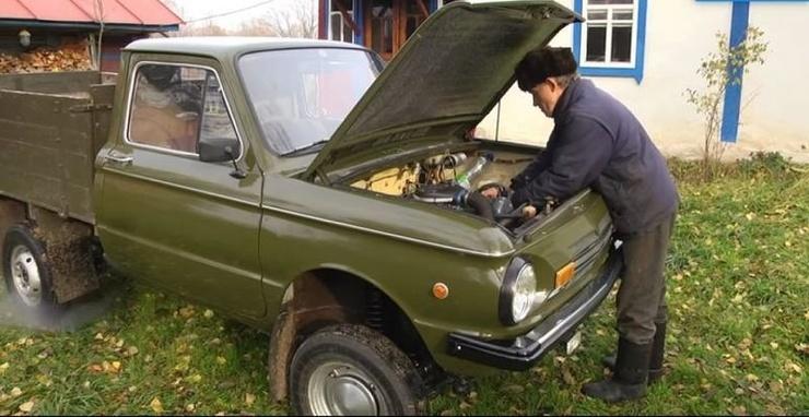 Оригинальный пикап с кузовом от -Запорожца- (4 фото + 1 видео)