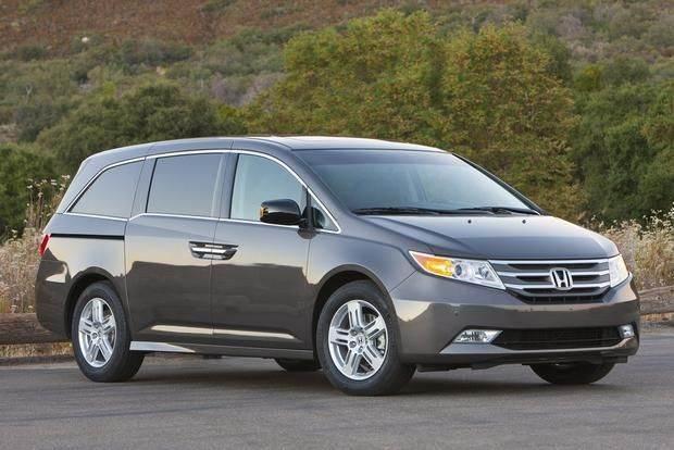 Колхозный тюнинг Honda Odyssey ( 3 фото )