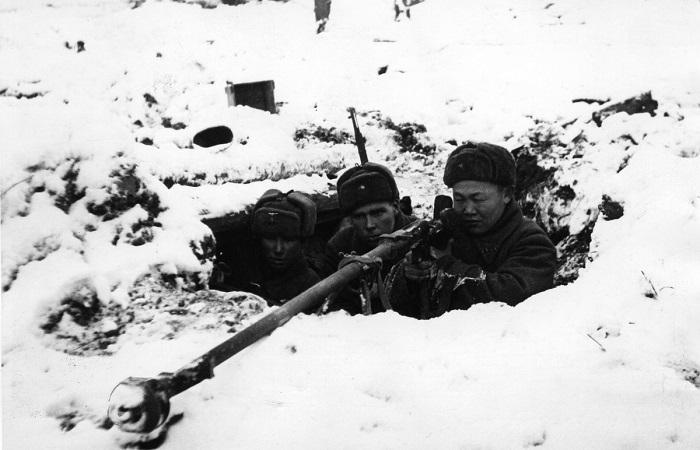 Мифы о войне: Смог бы или нет СССР победить нацизм без союзников