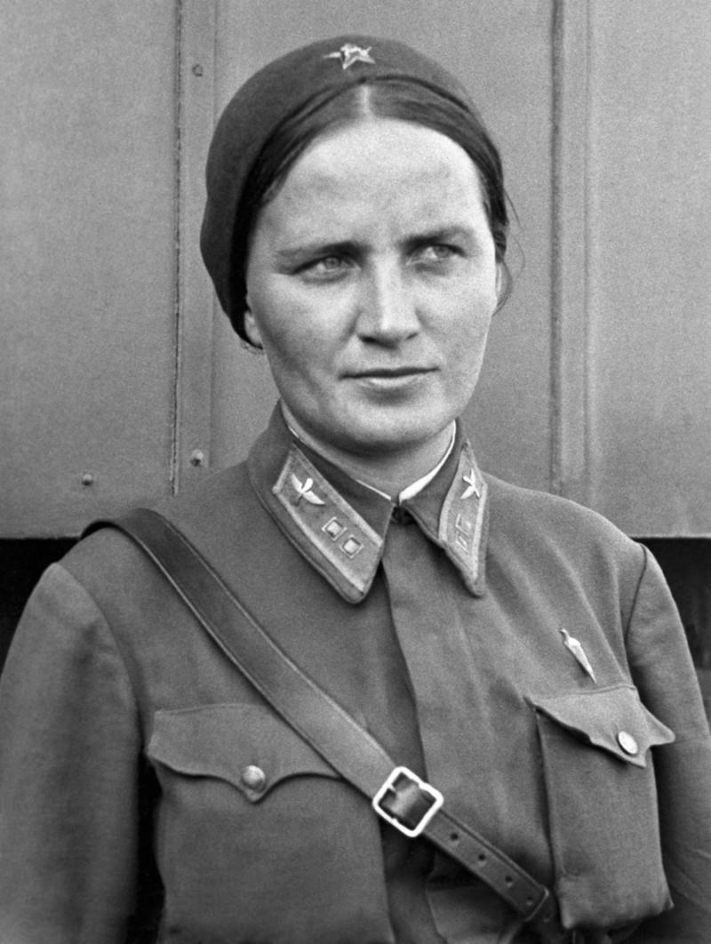Подвиги русских девушек во время войны