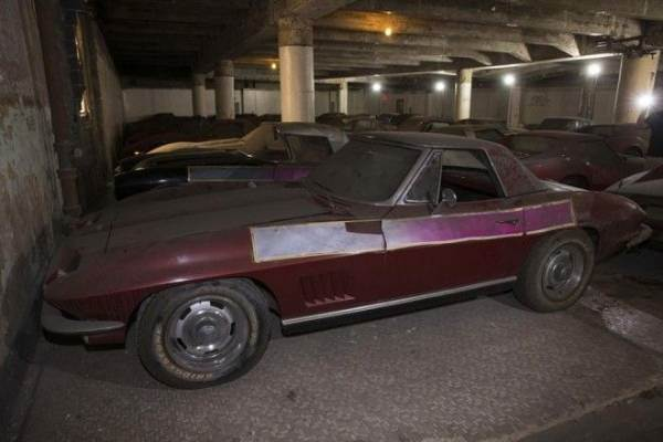 Как спрятанные и забытые коллекции автомобилей находили новых владельцев ( 31 фото )