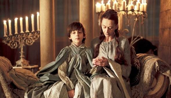 7 ошибок родителей из -Игры престолов-, которые лучше не повторять ( 8 фото )