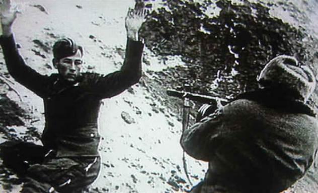 9 слов, которые приводили в ужас немцев под Сталинградом ( 2 фото + 1 видео )