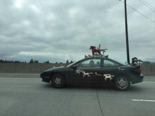 Странные и необычные автомобили, которые можно встретить на дорогах (28 фото)