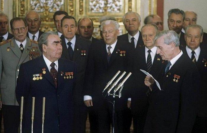 Переломный 1981: Знаковые фотографии, которые рассказывают о жизни в СССР