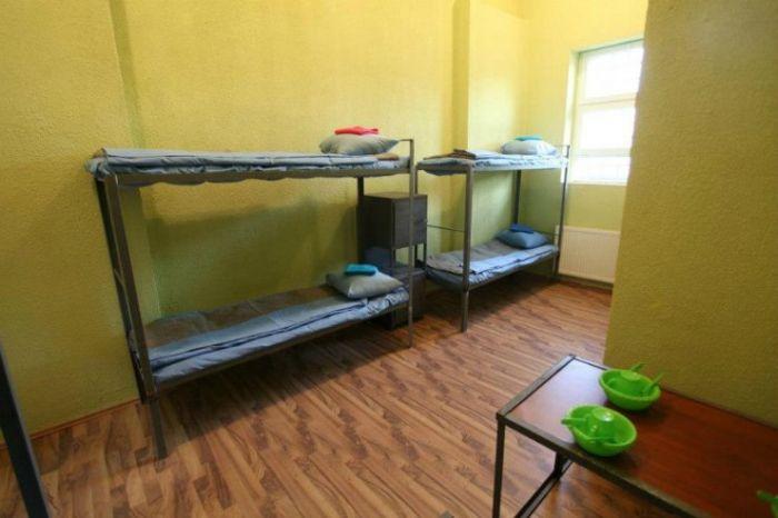 Тюрьма в Грузии для женщин (14 фото)