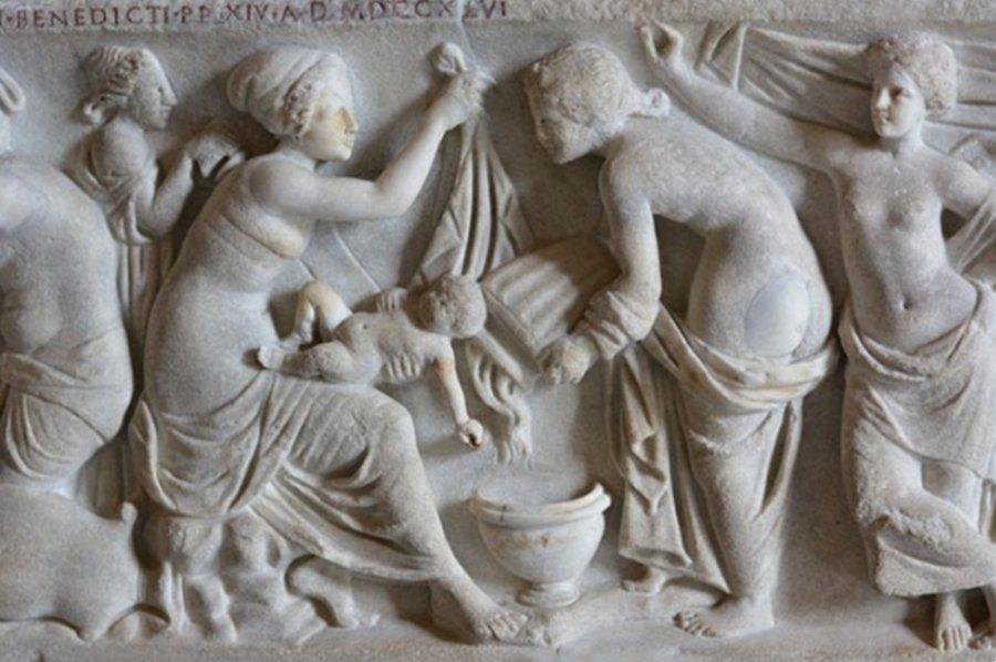 От древности до современных звезд: суррогатное материнство