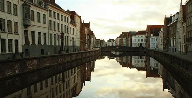 Не только Венеция: 5 самых красивых городов на воде ( 34 фото )