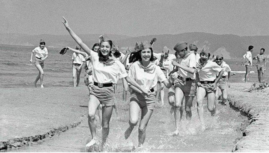 Золотое советское детство: лагеря, походы, галстуки