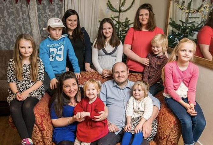 Родители 13детей рассказали, как имудается прокормить такую огромную семью
