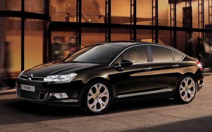 Автомобили, от покупки которых на вторичном рынке лучше воздержаться