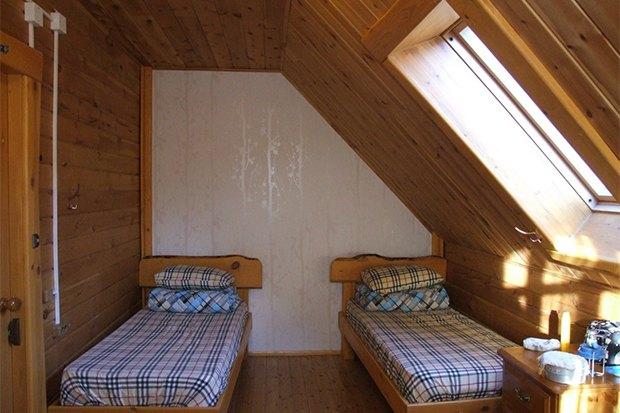 Самая дешевая и самая дорогая гостиница на Байкале