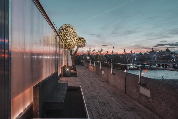 Финская сауна на крыше в Лондоне (13 фото)
