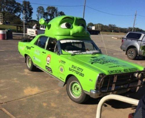 Странные и необычные автомобили, которые можно встретить на дорогах (30 фото)
