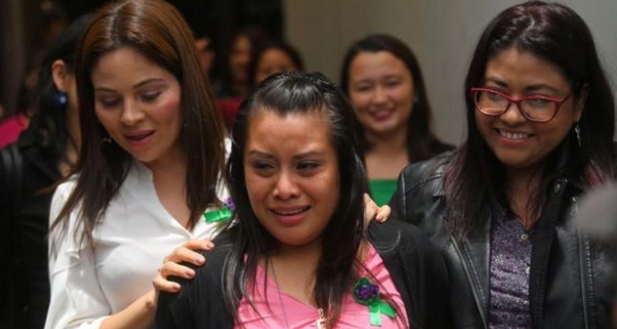 В Сальвадоре оправдали девушку осужденную за выкидыш