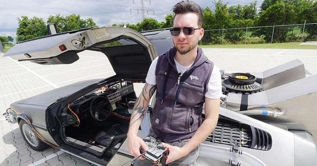 Парень из Голландии сделал точную копию DeLorean из фильма «Назад в будущее» (3 фото + видео)